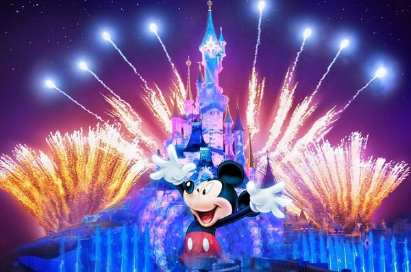 Disneyland Resort Park Hopping Vacation Experience Sweepstakes