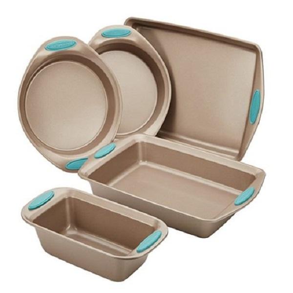 Rachael Ray Bakeware Set Giveaway