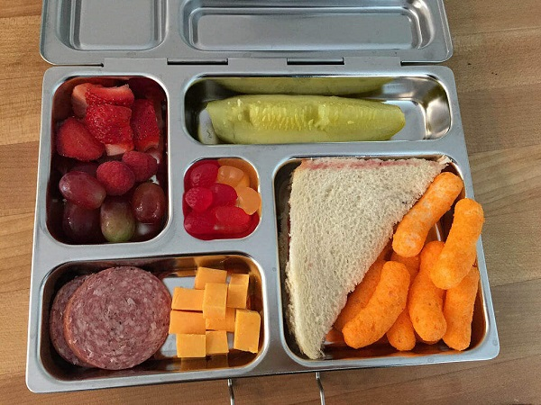 $20 Prepaid Card And Lunchbox Accessory Giveaway
