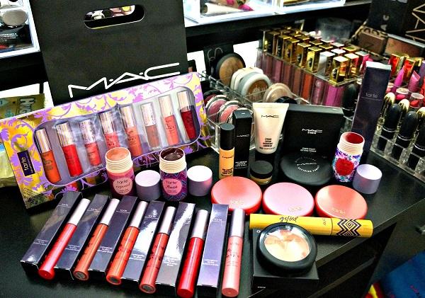 $3,000 Massive Makeup Giveaway