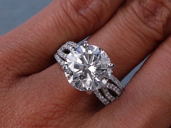 Dream Engagement Ring, Vacation and More! Sweepstakes