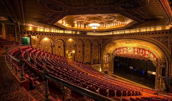 $250 Landmark Theatres Gift Card Giveaway