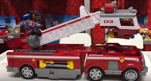 Free PAW Patrol Ultimate Rescue Fire Truck