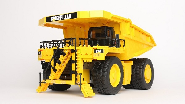 Free LEGO Caterpillar