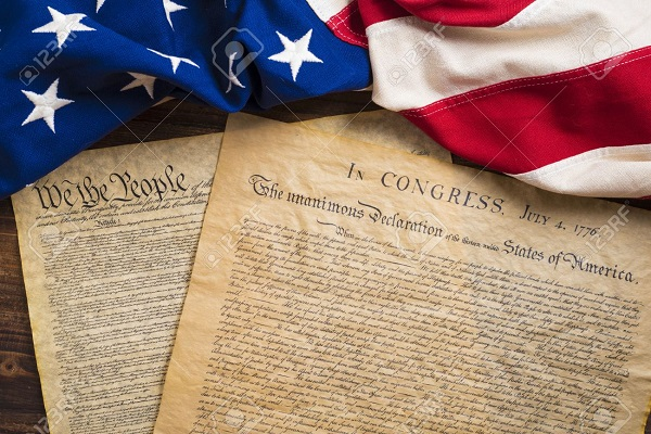 Free Copy of The Constitution & Declaration of Independence