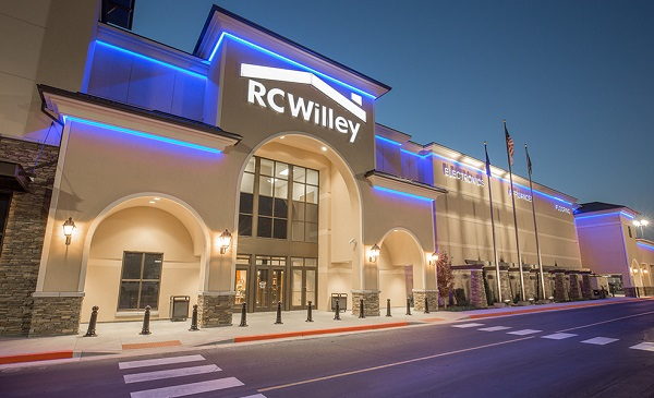 Free Hot Dogs & Drinks at RC Willey Stores