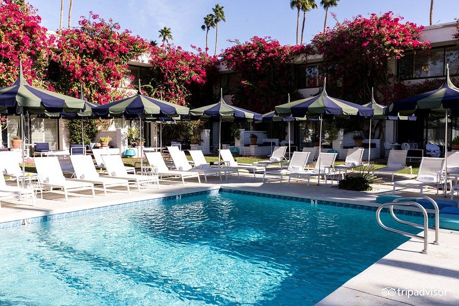 Villa Resort Vacation Giveaway